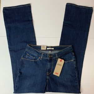Levi's Classic Bootcut Mid Rise Jeans NEW